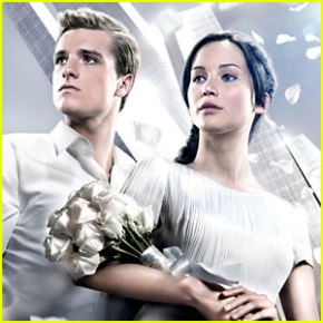 Jennifer Lawrence & Josh Hutcherson on Display on New 'Catching Fire' Poster
