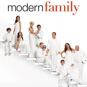 download-modern-family-season-4-episode-11-new-years-eve