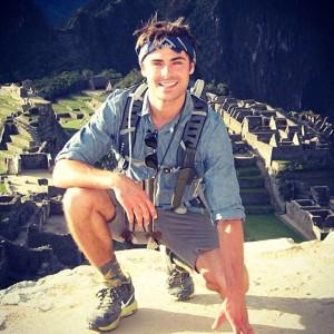 rs_600x600-130927134639-600.Zac-Efron-Peru-Inca-Trail.jl.092713