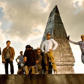 Michael Bay Unveils Official Set Photo For 'Transformers 4'; Reveals (Human)Cast