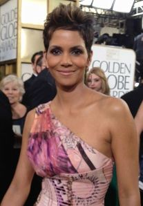 Halle-Berry-Golden-Globe-2013
