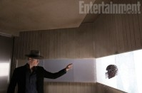 X-Men-Days-of-Future-Past-EW-Photo-Magneto-Helmet-570x377
