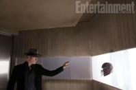 X-Men-Days-of-Future-Past-EW-Photo-Magneto-Helmet-570x377