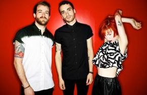 "Paramore Release Visual for ""Daydreaming"""