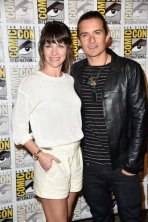 Evangeline Lilly and Orlando Bloom (The Hobbit: Battle of Five Armies)
