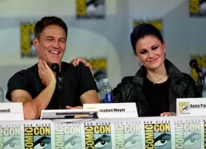 Stephan Moyer and Anna Paquin