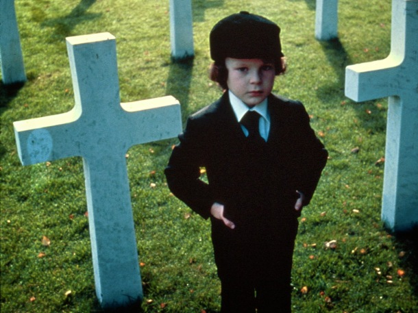 19958_omen_or_the-omen_1600x1200_www.GdeFon.ru_