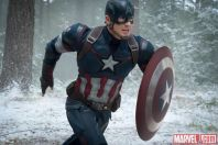 Captain-America-Chris-Evans-rushes-into-battle-in-Marvels-Avengers-Age-of-Ultron